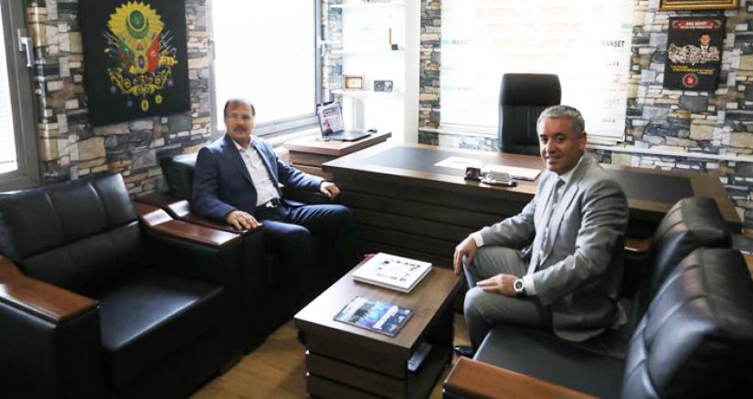 Başbakan Yardımcısı Hakan Çavuşoğlu Bursa Radyolarında